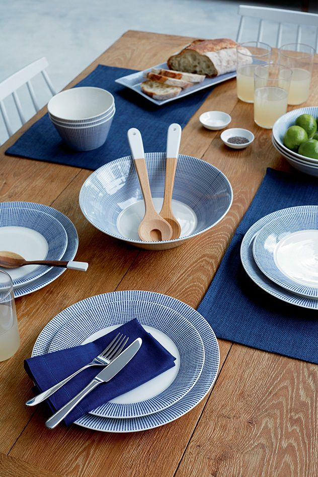 Royal_Doulton_Serviesset_Pacific_Dot_Sfeer